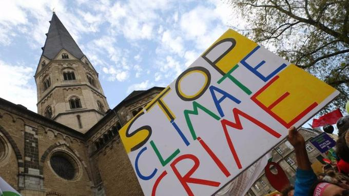 stop climat crime - source: figaro